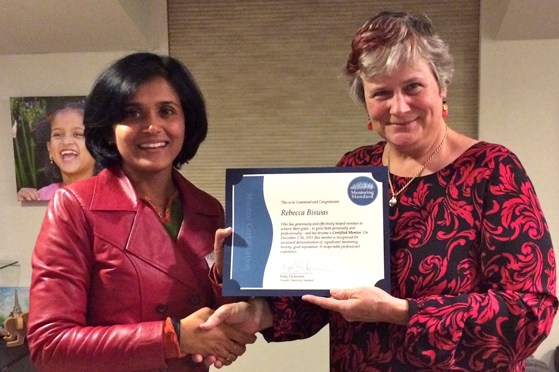Rebecca Biswas received her Mentor Certificate from Katy Dickinson, December 2015